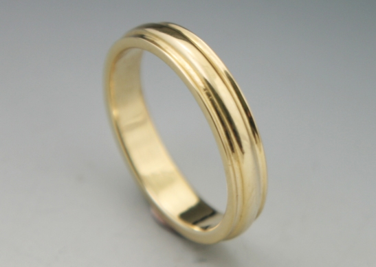 Simple Band Gold